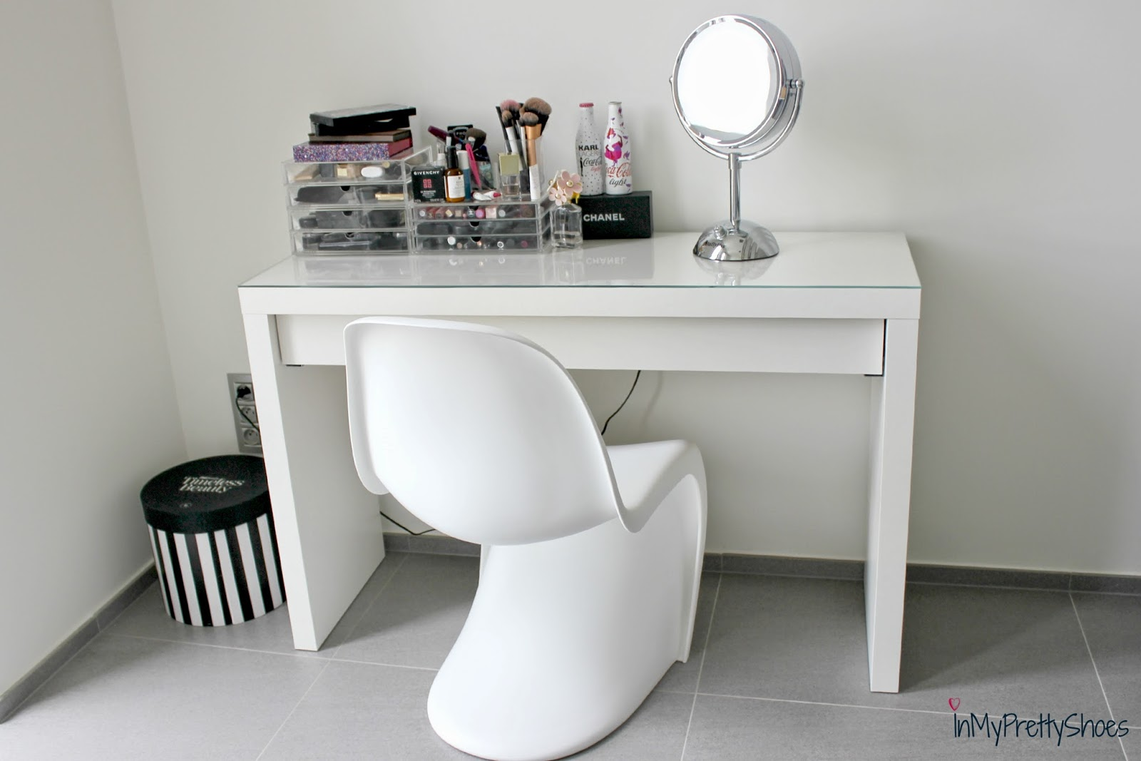 Make Up Tafel : Make up tafel hoogglans wit archidev
