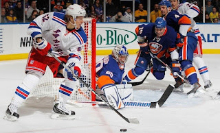 NHL: Rangers, Islanders on Wednesday Night Rivalry
