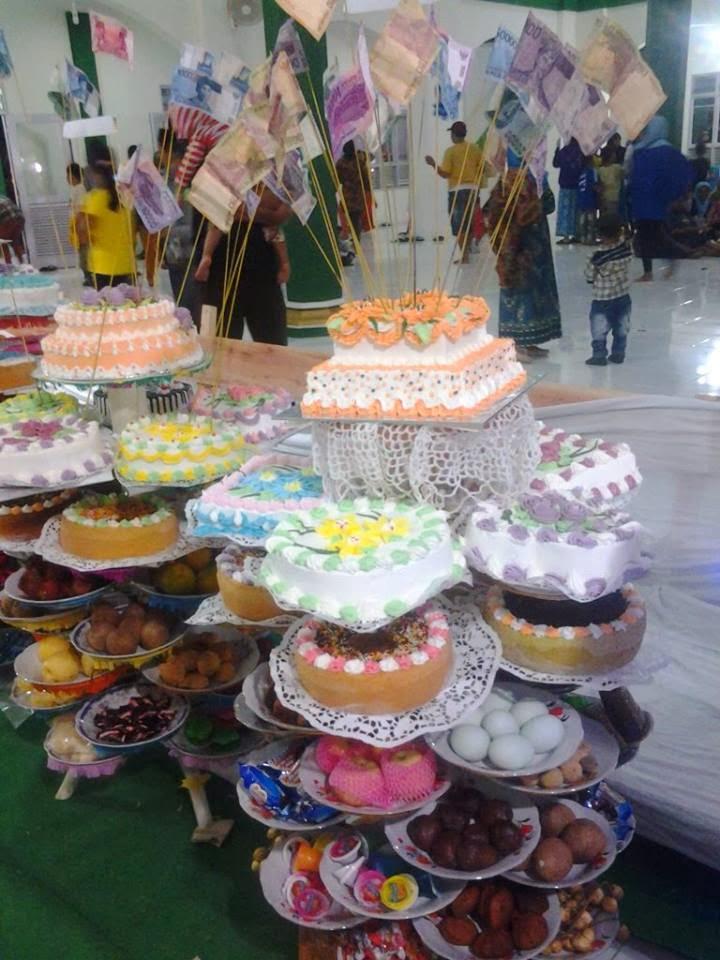 pameran kue maulud nabi mesjid raya sicincin