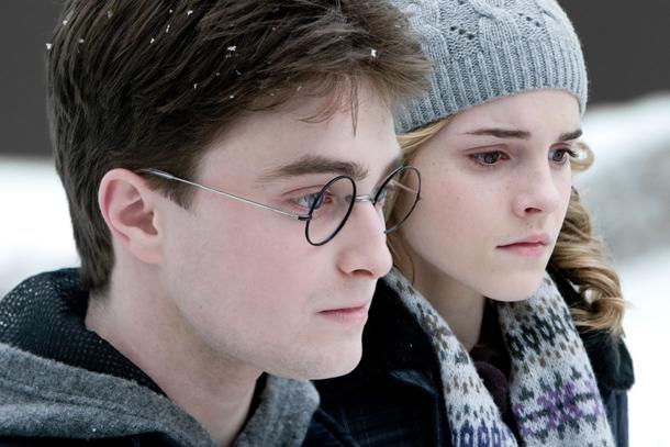 Lors d'une interview accordée au Daily Mail, Daniel Radcliffe s'est confié sur son rôle dans les films de la saga « Harry Potter ». Sévère avec lui-même, il estime avoir fourni une mauvaise performance dans le 6e volet, « Le Prince de sang-mêlé ».