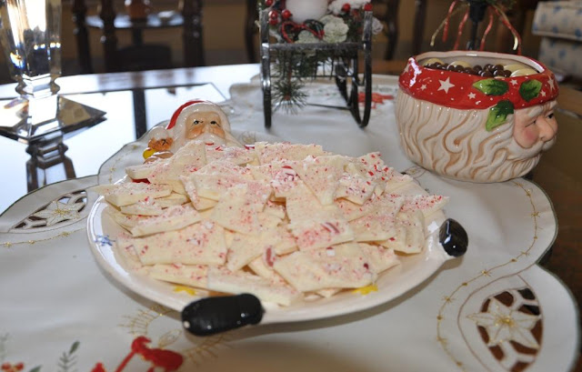 Peppermint Bark Recipe by www.dish-away.com