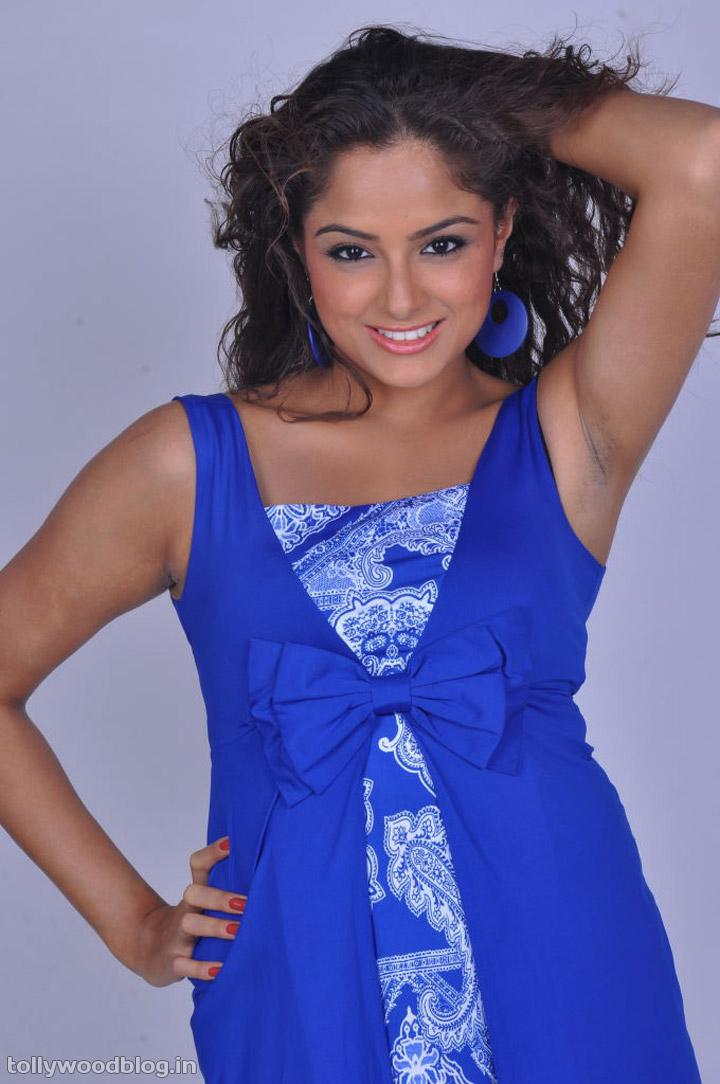 Tamil actress Asmita Sood photos ~ All Heroines Photos