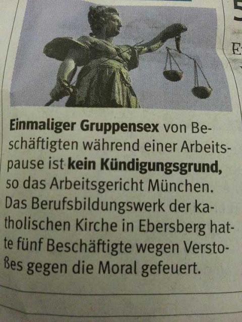 Einmaliger Gruppensex von Beschäftigen während der Arbeitspause ist kein Kündigungsgrund, so das Arbeitsgericht München. Das Berufsbildungswerk der katholischen Kirche in Erbersberg hatte fünf Beschäftigte wegen Verstoßes gegen die Moral gefeuert.