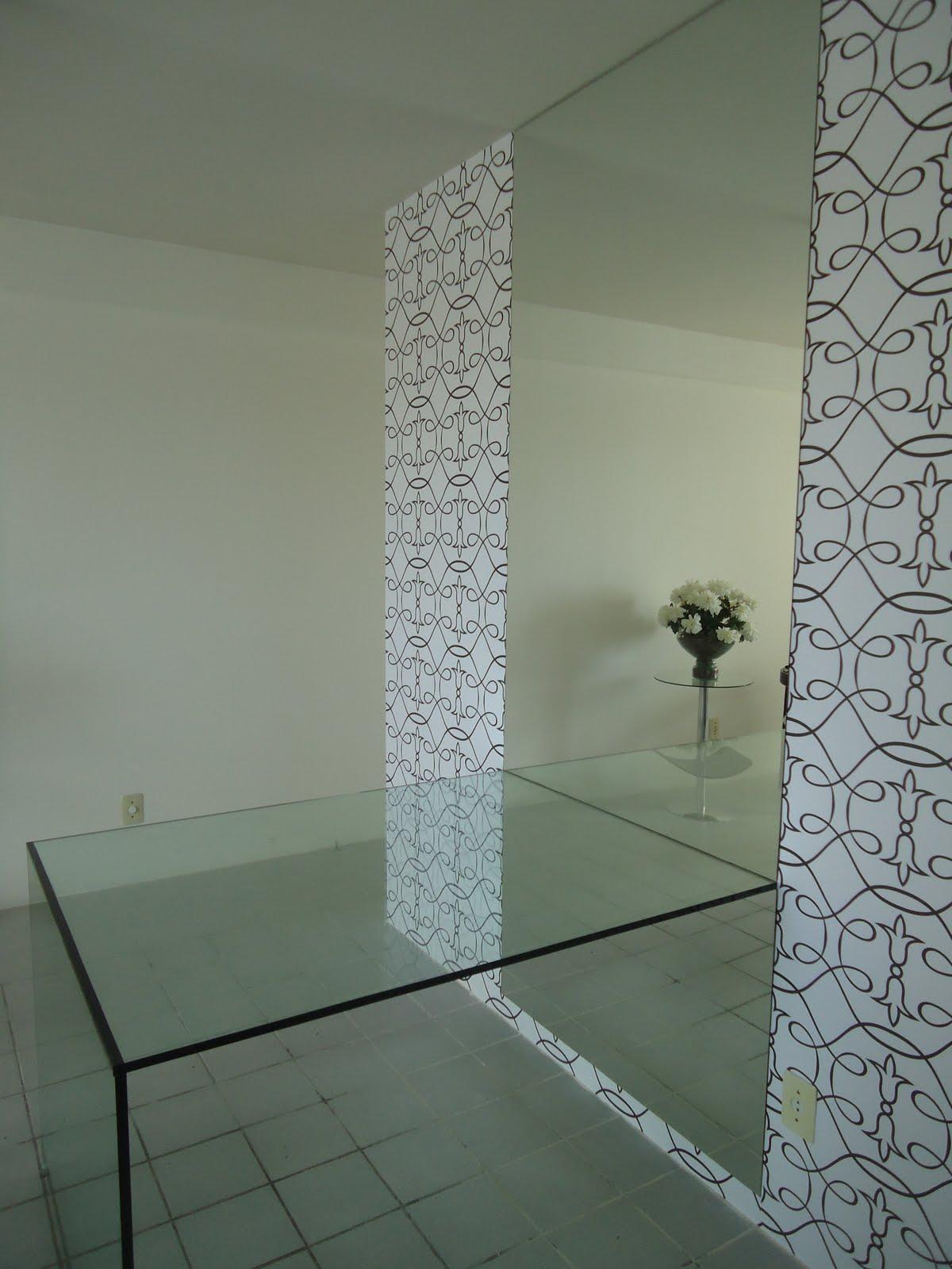 #6F7358 Montando meu 1º Apê: Revestimento da Parede 1200x1600 píxeis em Decoração De Sala De Jantar Com Papel De Parede E Espelho