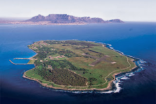 Adventure in South Africa, Holiday in South Africa, Nelson Mandela, Durban Beach, Cultural Village, Kruger National Park, Robben Island, Safari, adventure, Sun City Resort, Sterkfontein Caves