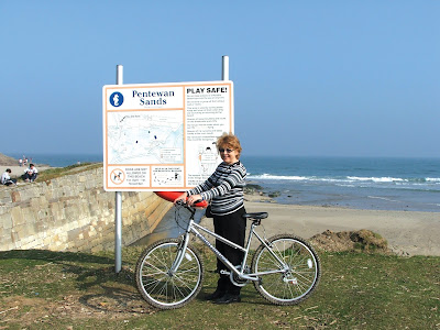 Cycle to the beach with Pentewan Cycle Hire