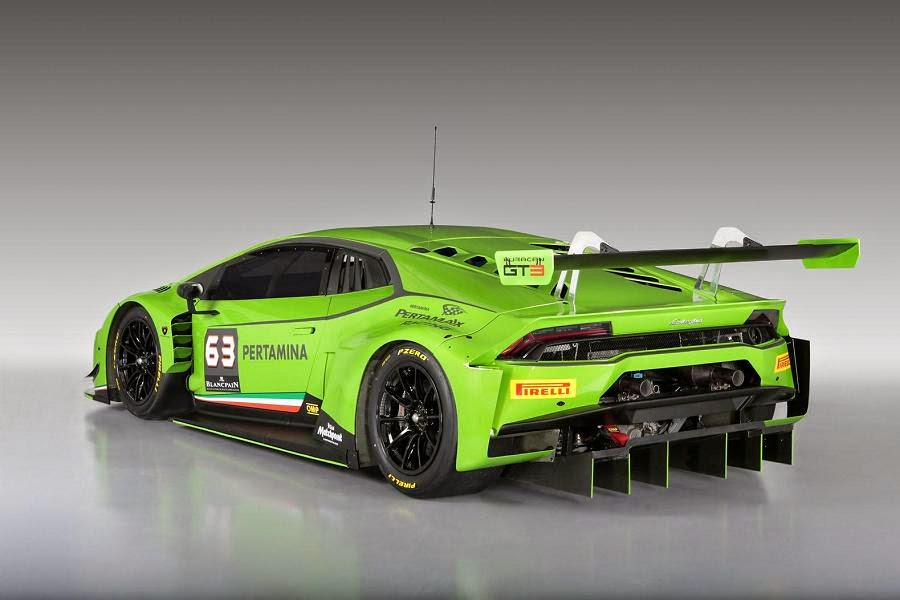 Lamborghini Huracán GT3 2015 Rear Side
