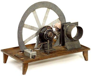 Televisi Pada Awal Diciptakannya Menggunakan Tabung Hampa Yang