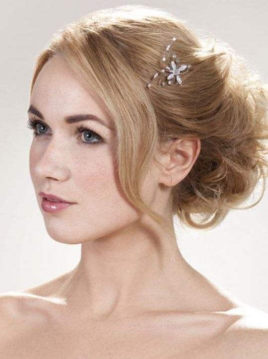 Peinados de novia mo os para novias 2013 estilo - Monos bajos novia ...