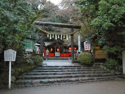 Mengenal Lebih Dalam Agama, Cara Berdoa dan Ibadah Orang Jepang