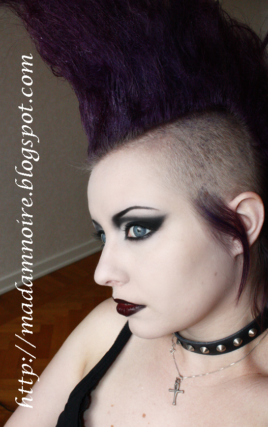 80s Goth Eye Makeup