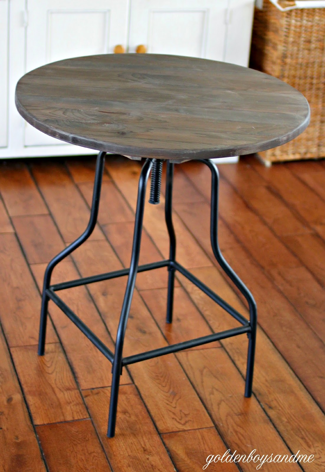 DIY side table made with industrial stool-www.goldenboysandme.com