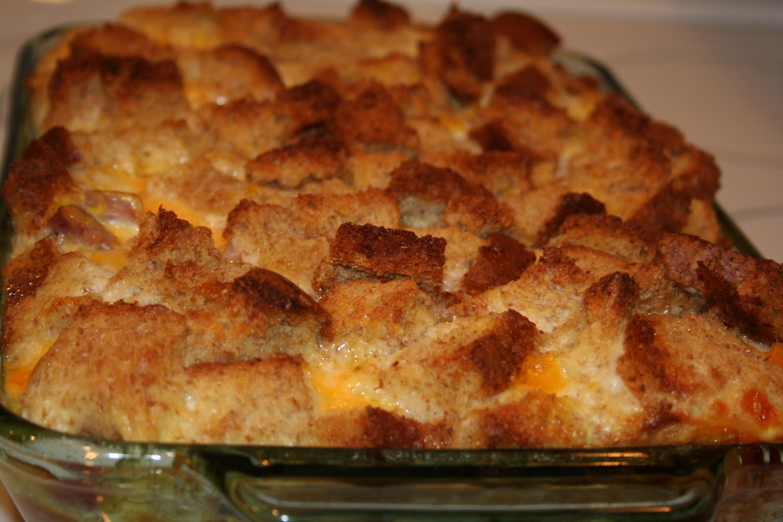 Tricia's Simply Tasteful Recipes: Ham and Cheese Egg Bake