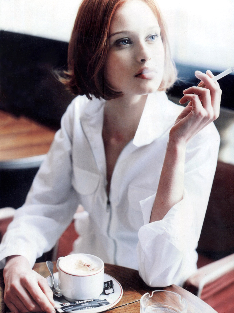 Natalia Semanova in Elle Russia 1998 / white shirt in fashion editorials / short history of white shirt / wardrobe essentials / via fashioned by love british fashion blog
