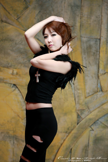 2 Go Jung Ah in Black - very cute asian girl - girlcute4u.blogspot.com