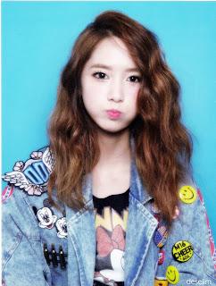 SNSD Yoona I Got A Boy Photobook 02