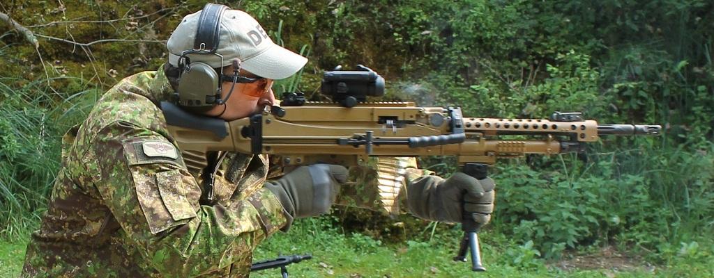 http://3.bp.blogspot.com/-Ta7owbAYM5s/UMN6CnloMrI/AAAAAAAAAm8/QOK0mJexAgs/s1600/2012-12-08_JPW_SuT-Blogspot_HK121-04_Stehendanschlag.jpg