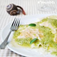 Falsos raviolis de boniato con pesto de avellanas