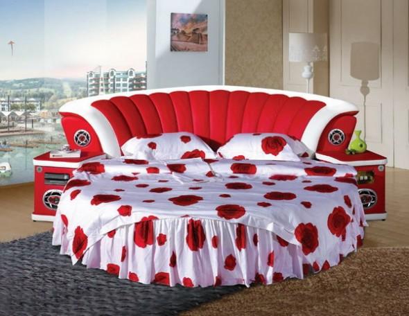 http://3.bp.blogspot.com/-TaBuh0SJ4Mw/TqgEqWMLN4I/AAAAAAAABp8/kDkEvp4o8fs/s1600/Bright-Red-Round-Bed-590x456.jpg