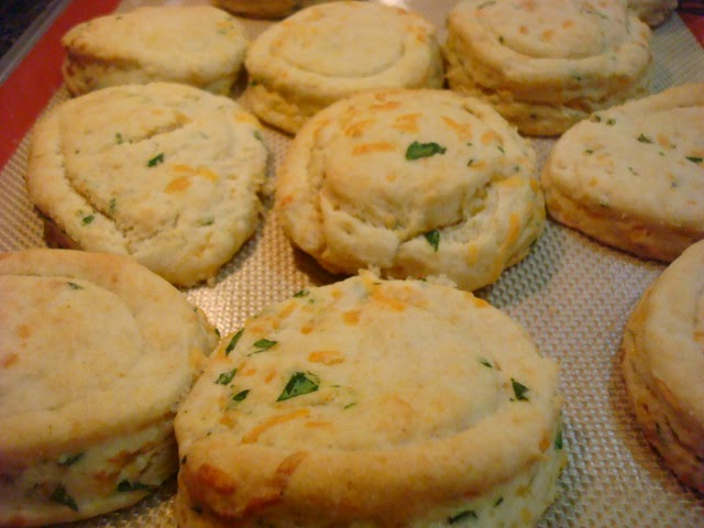 Smoky Mountain Café: Chive and Cheddar Biscuits