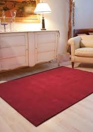 http://3.bp.blogspot.com/-TaPXaUF4Dc8/UJT3-LLdHhI/AAAAAAAADLg/eTnDX99Qlrs/s1600/tappeti+soggiorno+moderni+design+desainer,%20tappeti+soggiorno+scontati,%20tappetomania.jpg
