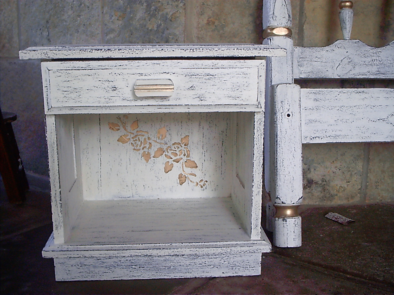 de restauração dando um novo aspecto à madeira renovando a ou #796252 1280x960