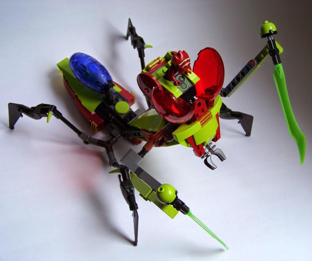 LEGO praying mantis
