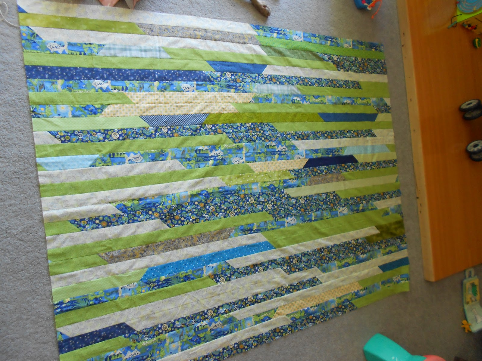 Patchwork Playground: Jelly Roll Quilt - The Math, Calculations : jelly roll quilt size - Adamdwight.com