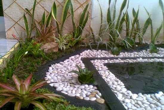 model taman batu alam lahan sempit