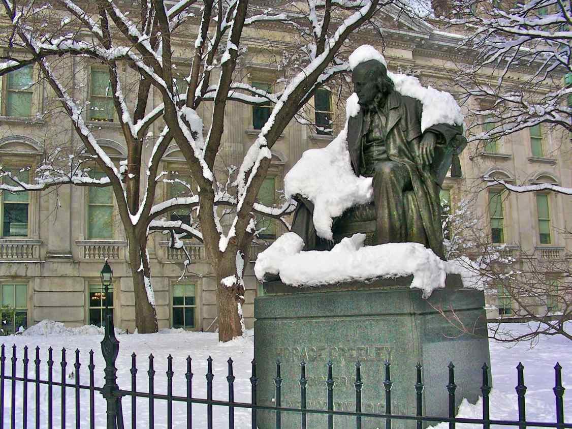New York HoraceGreeleyStatue