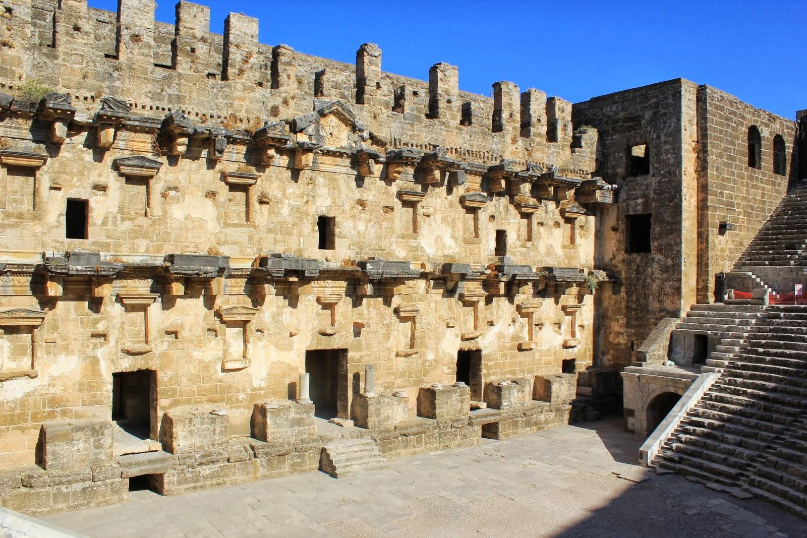 Aspendos Antik Kenti Etkinlikleri : Bakanlıktan aspendos restorasyonu açıklaması bianet