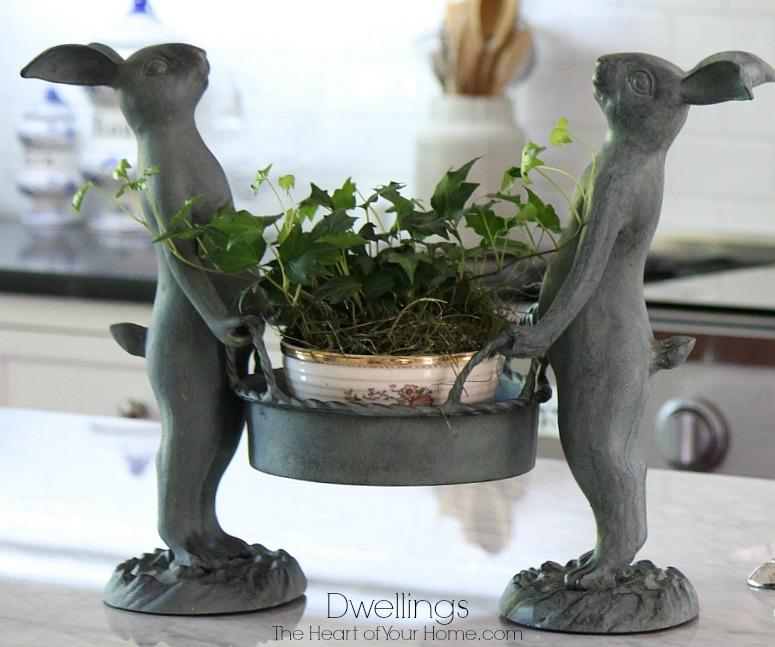 bunny garden pot holder