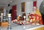 Στιγμιότυπα από τη Χριστουγεννιάτικη Θεία Λειτουργία