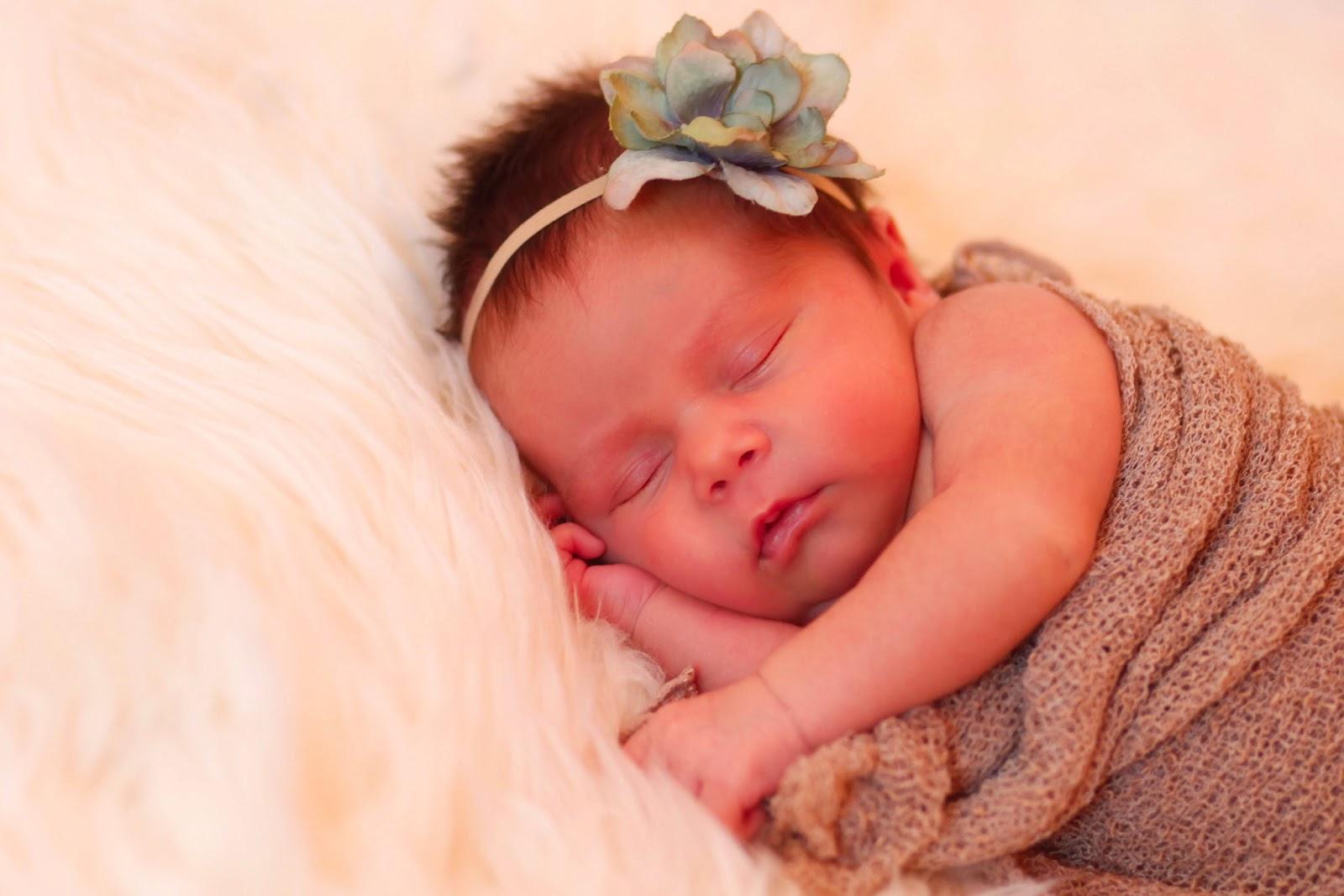 Baby Jewel Nude Photos 20