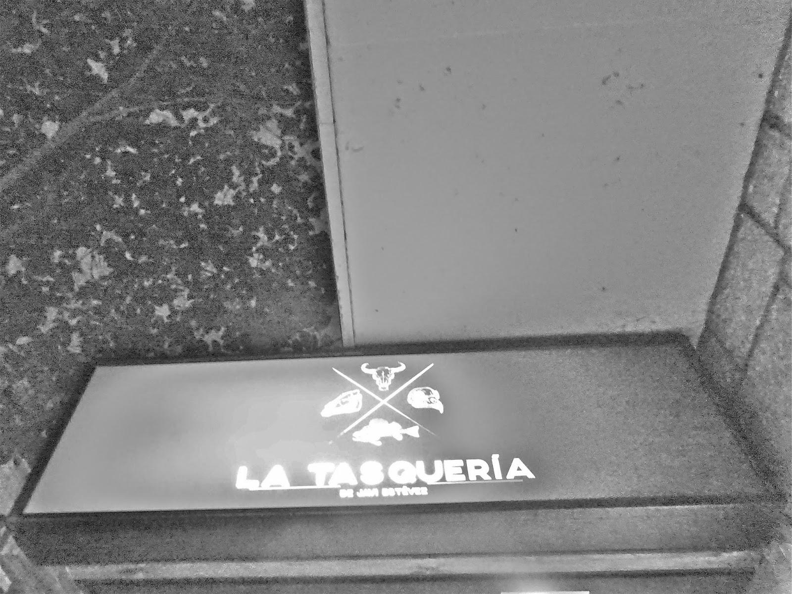 La Tasquería de Javi Estévez Madrid Duque de Sesto 48 Madrid Tasca Casquería Restaurante Barrio Salamanca Callos Carrilleras Mollejas top chef tapas Retiro Castizo