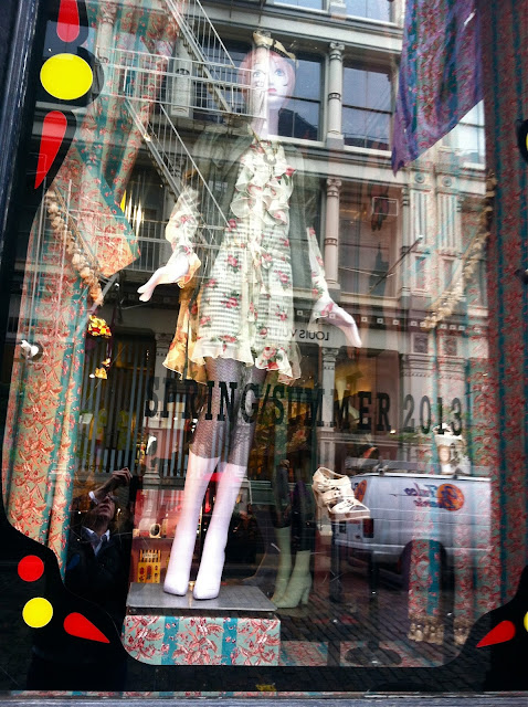 Anna-Sui-Greene-Street-Window-in-Soho-New-York