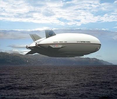 變形飛船 P-791 變大變小都可以