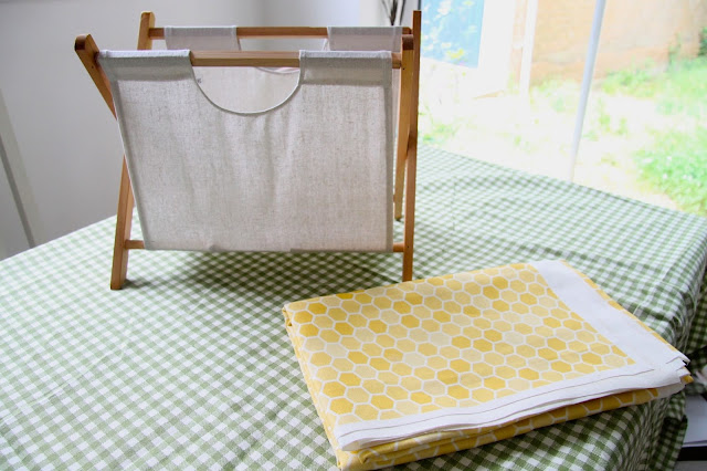 DIY Zazzle honeycomb fabric magazine rack
