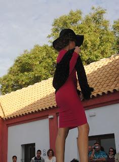 vestido-rojo-gloria-trujillo-fashion-week-larinconada