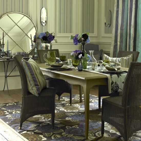 Elegant Dining Room Table Runners