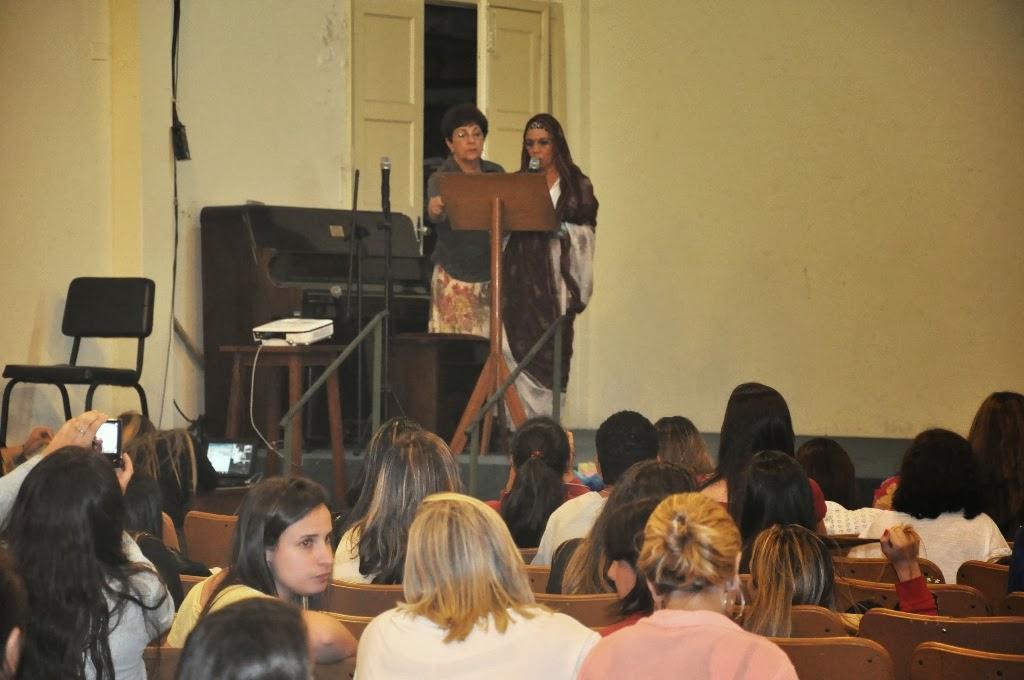 Pedagogia do UNIFESO Teresópolis presta homenagem a Vinícius de Moraes