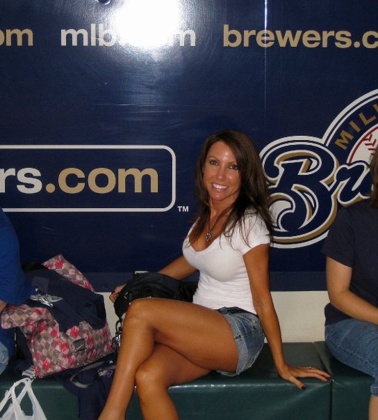 pro cheerleader heaven brewers super fan front row amy