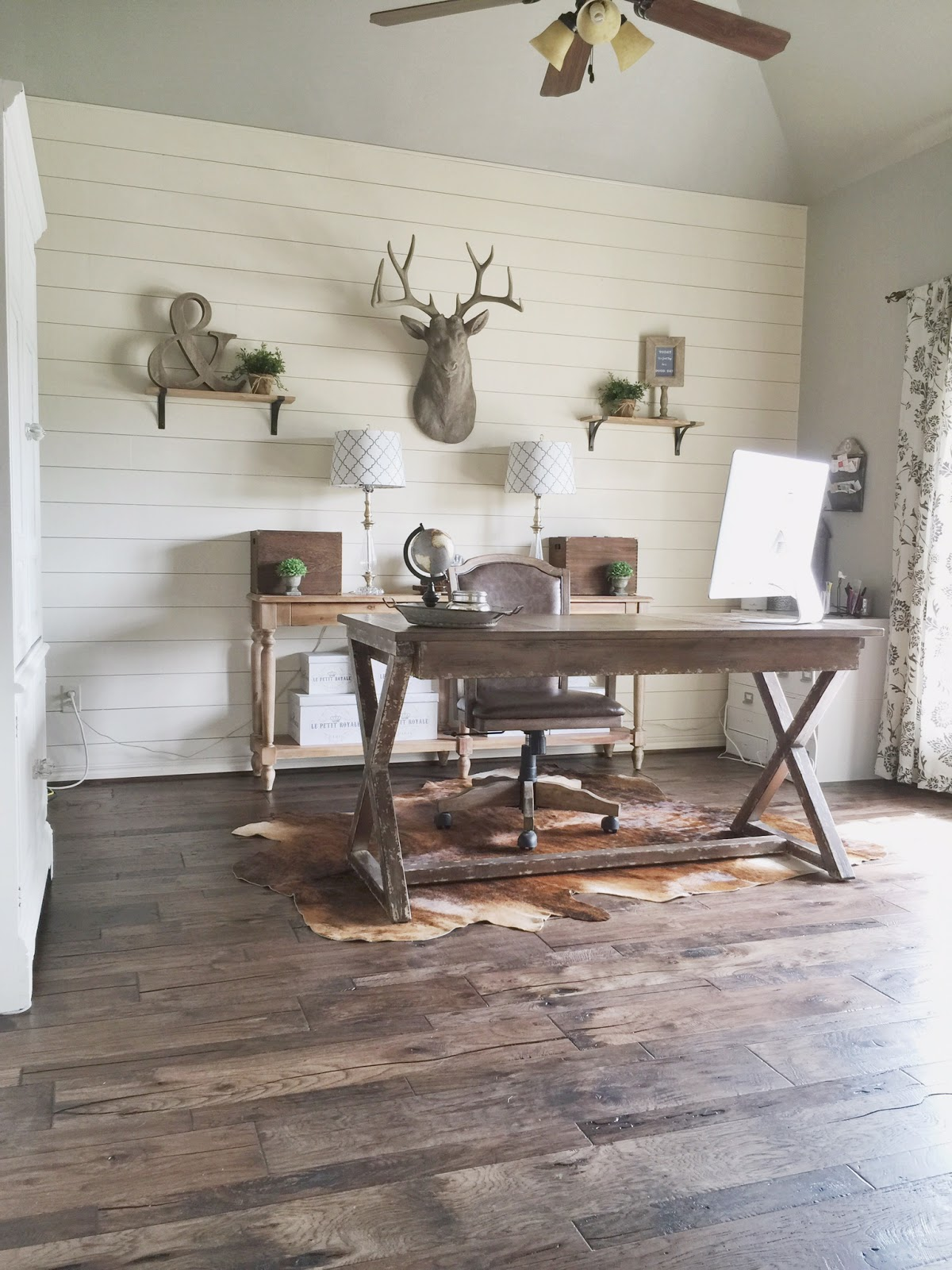 Home Office Makeover (Wood Floor Update)
