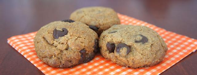 rezept peanut butter chocolate chip cookies erdnussbutter schoko kekse ein glutenfreier blog. Black Bedroom Furniture Sets. Home Design Ideas