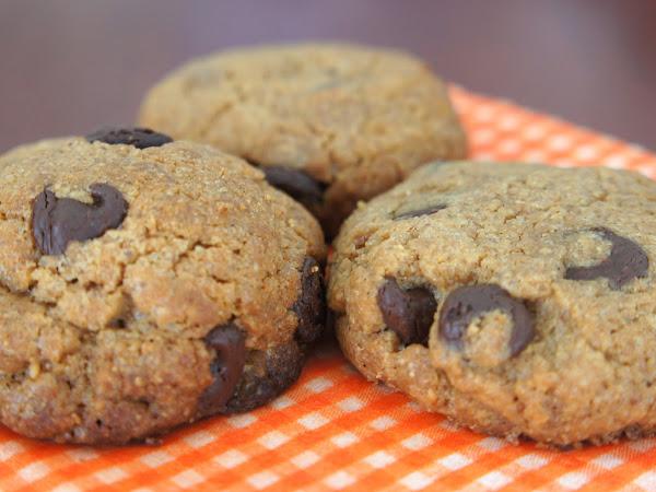 REZEPT: Peanut Butter Chocolate Chip Cookies (Erdnussbutter-Schoko-Kekse)