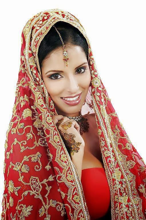 Tehmeena Afzal Nude Photos 14