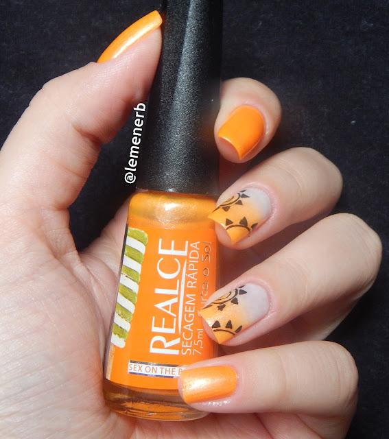 decoração com esmalte laranja neon