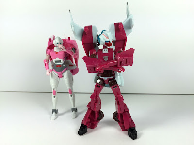 transformers animated arcee deluxe figure