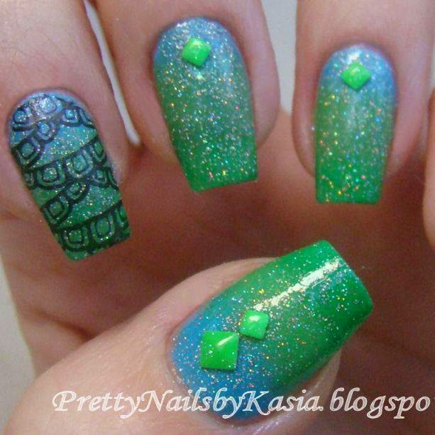http://prettynailsbykasia.blogspot.com/2015/01/nail-stamping-challenge-week-3-blue.html