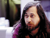 Fotografía de Richard Matthew Stallman de joven, programador promotor del software libre